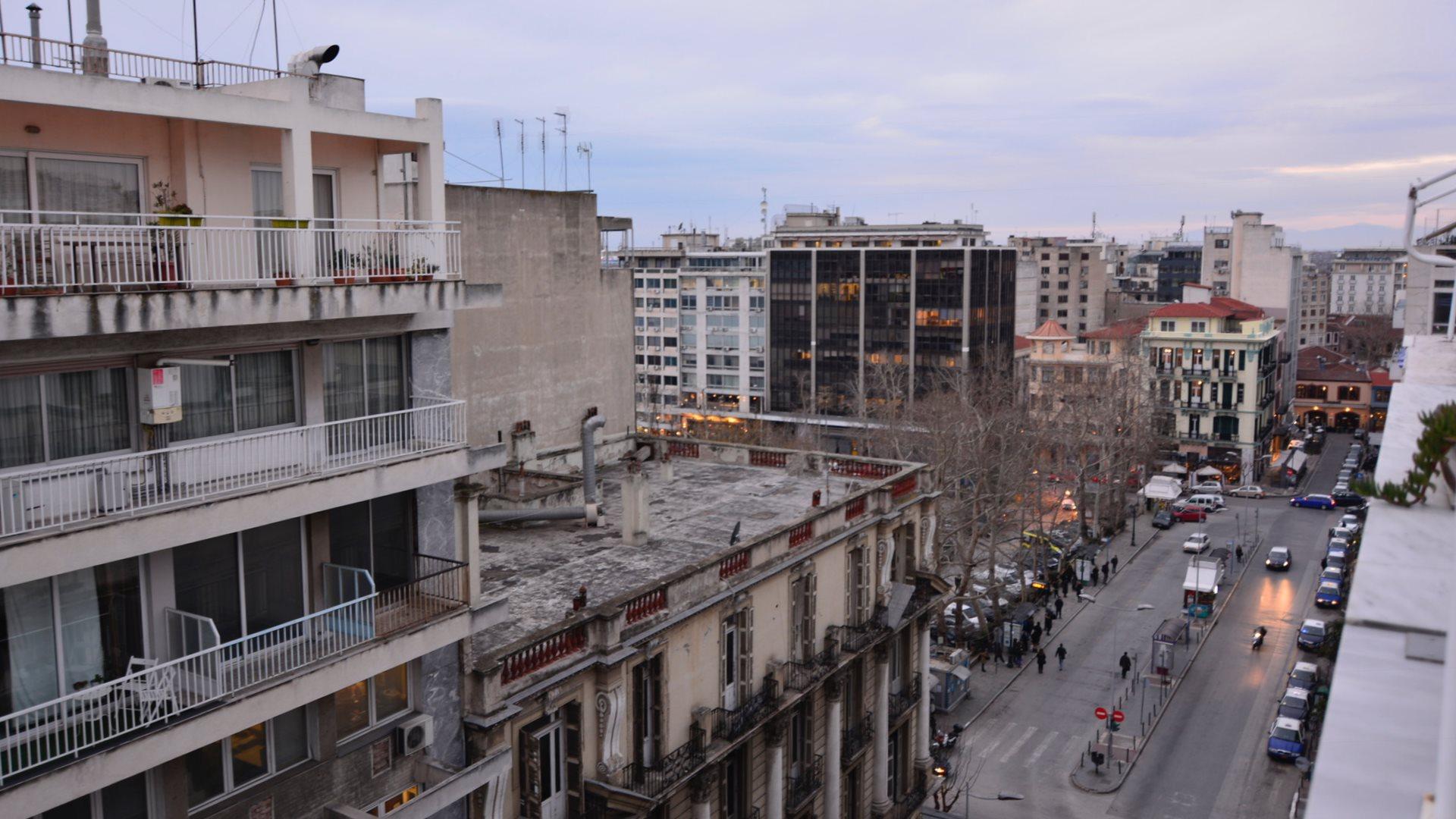 B12-Roof-Loft-1080.jpg